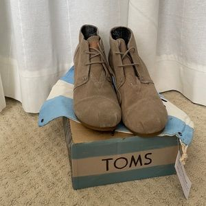 TOMS Desert Wedge Shoes - Size 10